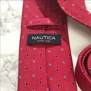 Nautica Red Checkered Diamond skinny Tie EUC